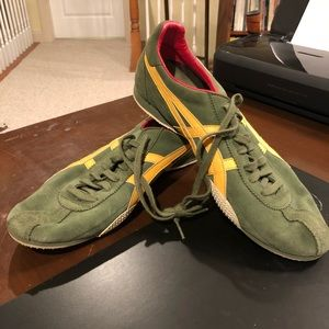 "ASICS running shoes size 11 ""Tiger"""